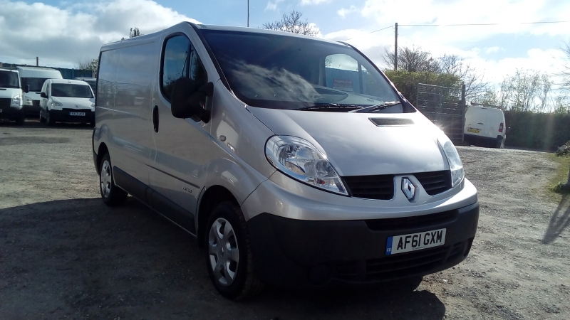 Renault Trafic 2.0dCi SL27 Phase 3 ( Sat Nav ) SL27dCi 115 FSH 2011 Finance Available Subject to Status
