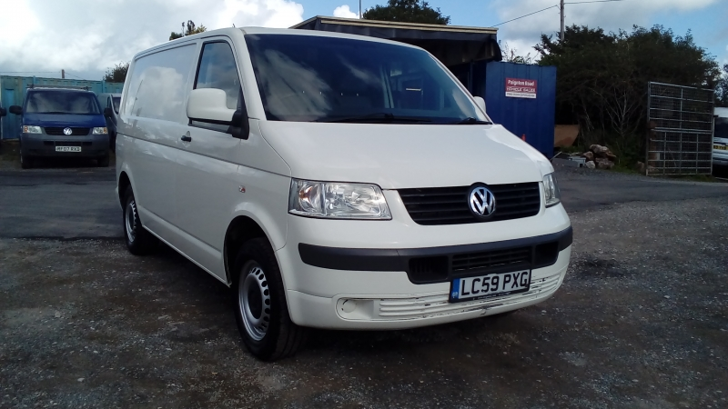 Volkswagen Transporter 2.5TDi PD ( 130PS ) SWB T28 / T5 2009 Finance available subject to Status
